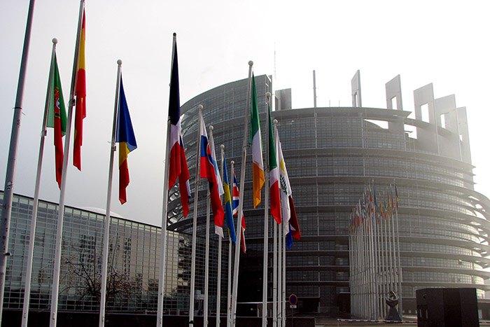 """Le projet """"Erasmus des Apprentis"""" a été adopté par le parlement Européen"""