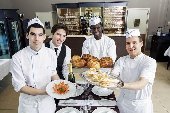 Sondage BVA - Apprentis au restaurant du CFA François Rabelais de Vity-sur-Seine.
