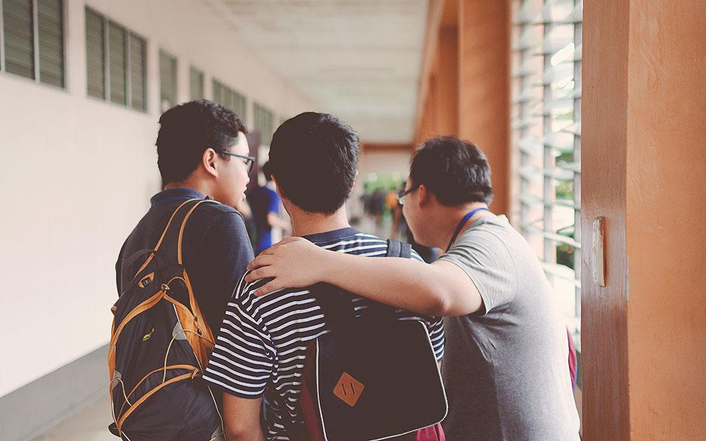 Des jeunes en bac pro en apprentissage